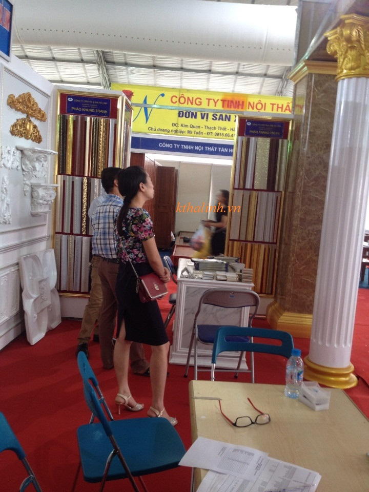 halinh-picture-frames-in-international-trade-fair-2016-1