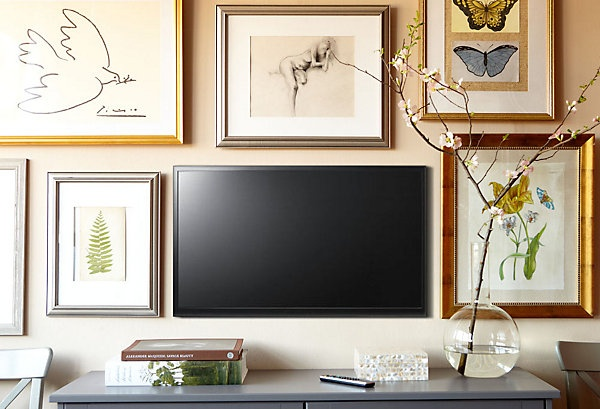And This Way Is Also Very Simple If The Room Has A Wide Blank Wall. Border  Your Television By Hanging Some The Photo Frames, ...